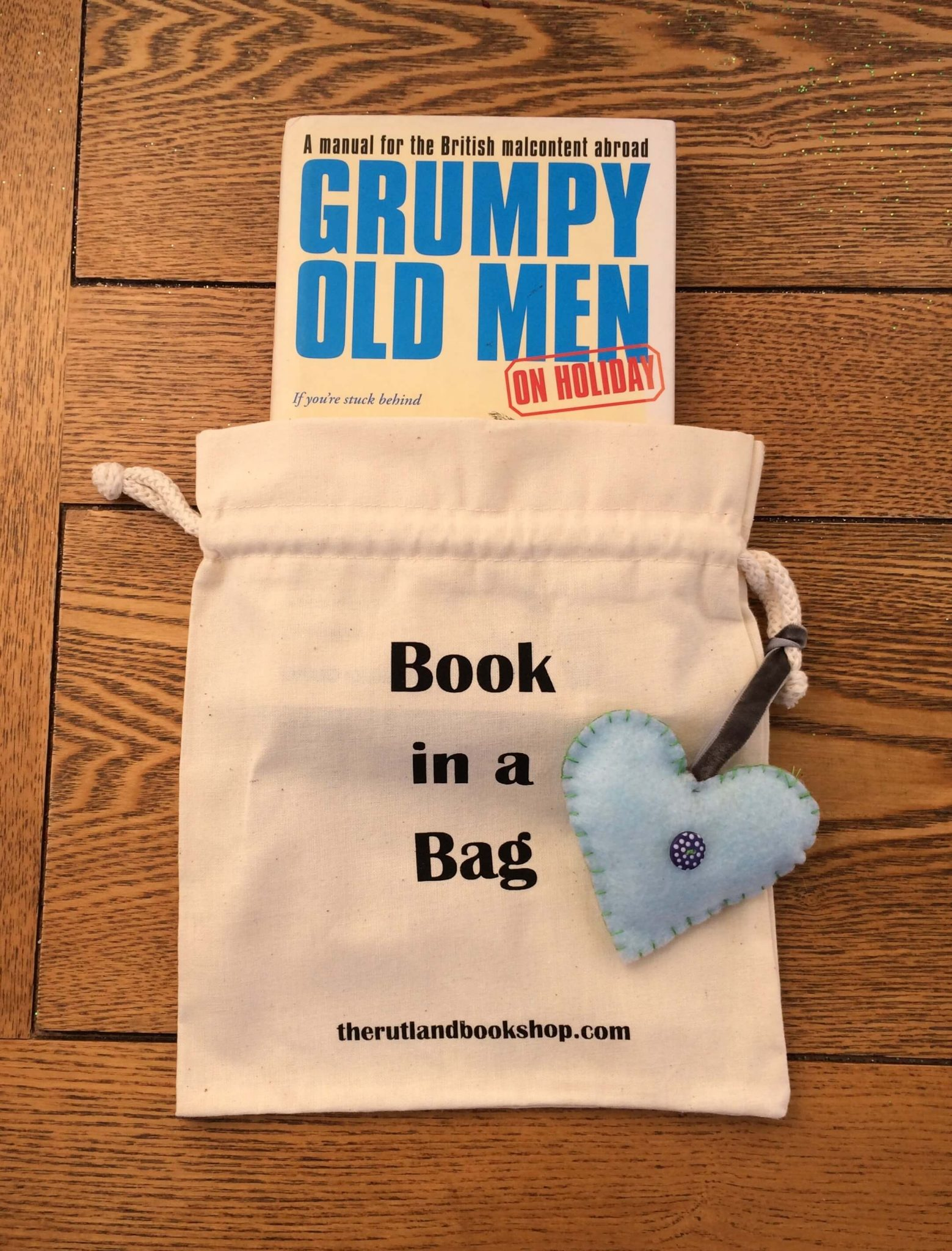 Grumpy Old Men On Holiday By David Quantick (Book In A Bag)