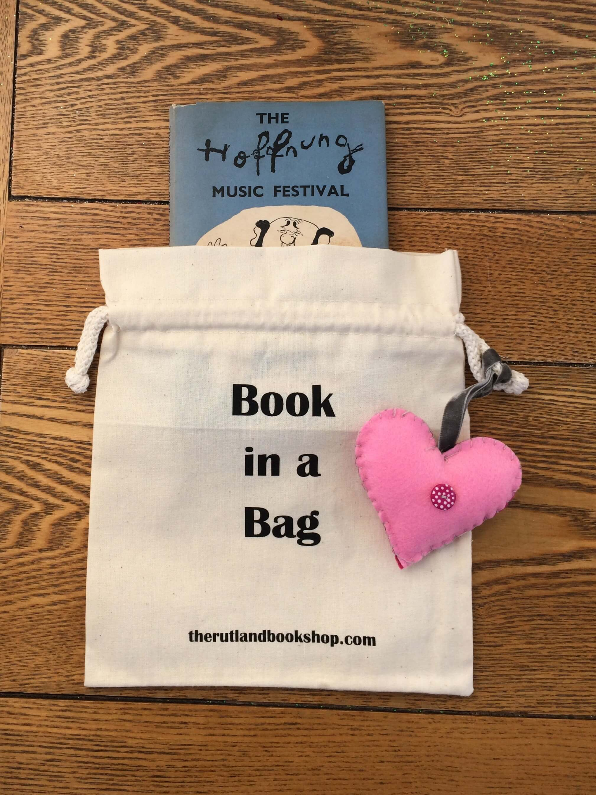 Hoffnung Music Festival (Book In A Bag)