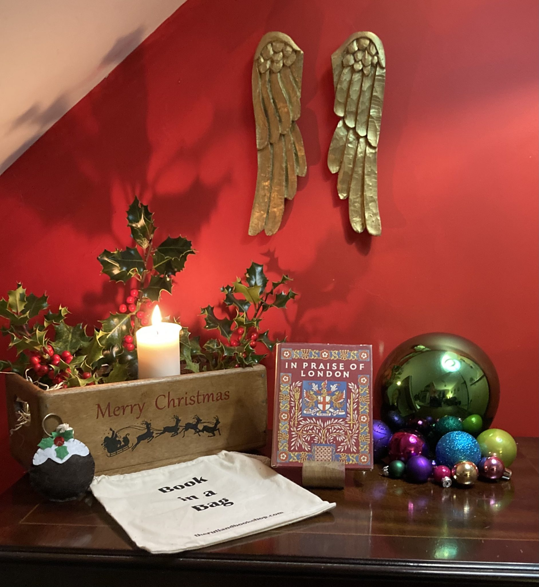 Christmas Book In A Bag: In Praise Of London